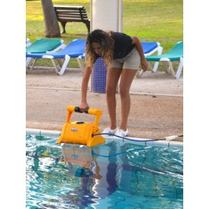 Baseino valymo robotas DYNAMIC PROX 2