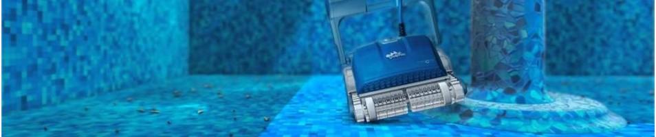 Baseinų valymo robotai